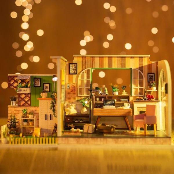 Gothenburg Studio DIY 3D Miniature House