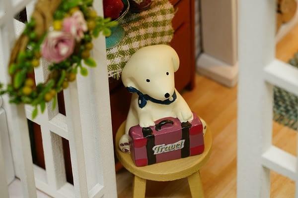 Beautiful Years DIY 3D Retro American Style Dollhouse